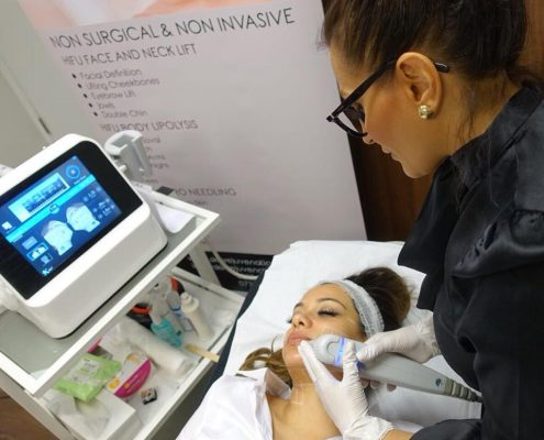 Beauty Blogger has HIFU Face & Neck Treatment